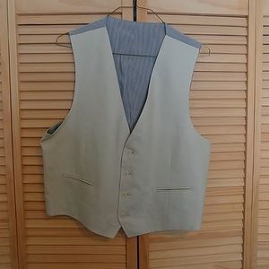 Other - Men's Warehouse Kahki Vest